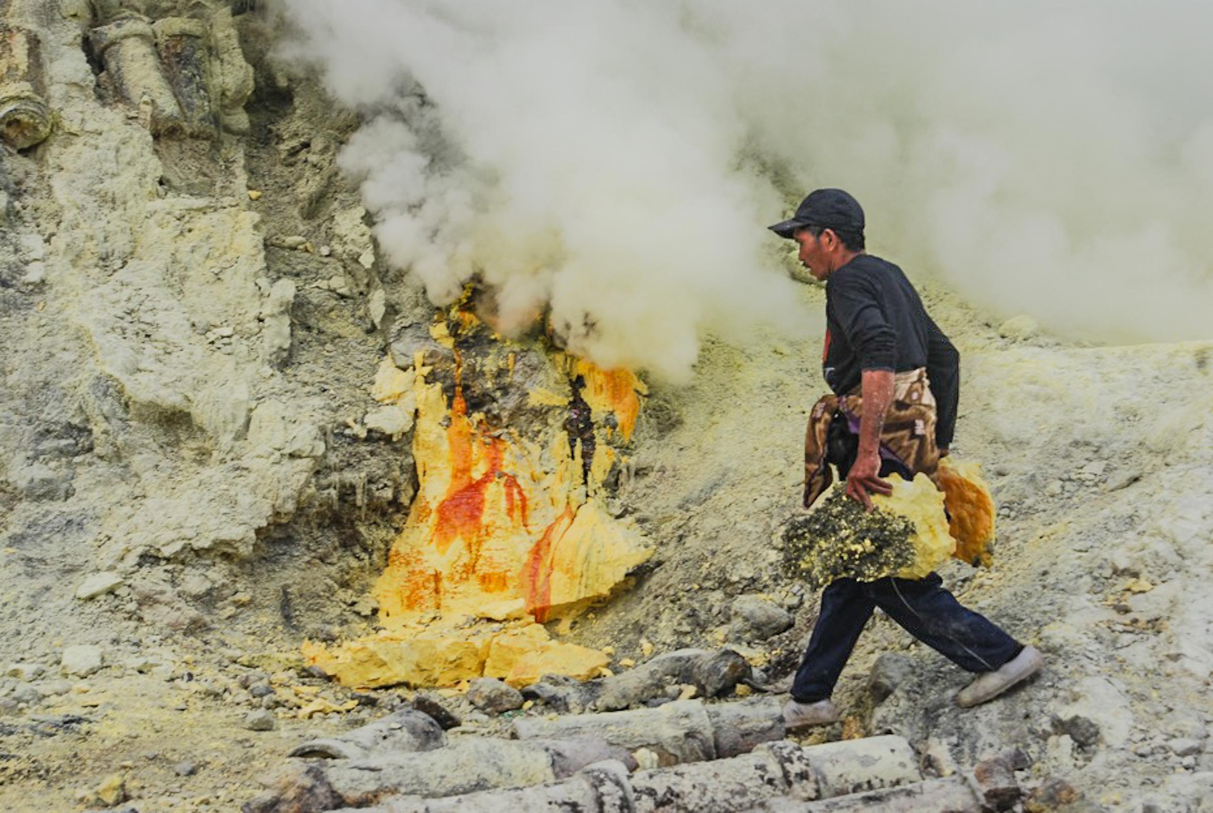 Sulfur Miners Indonesia
