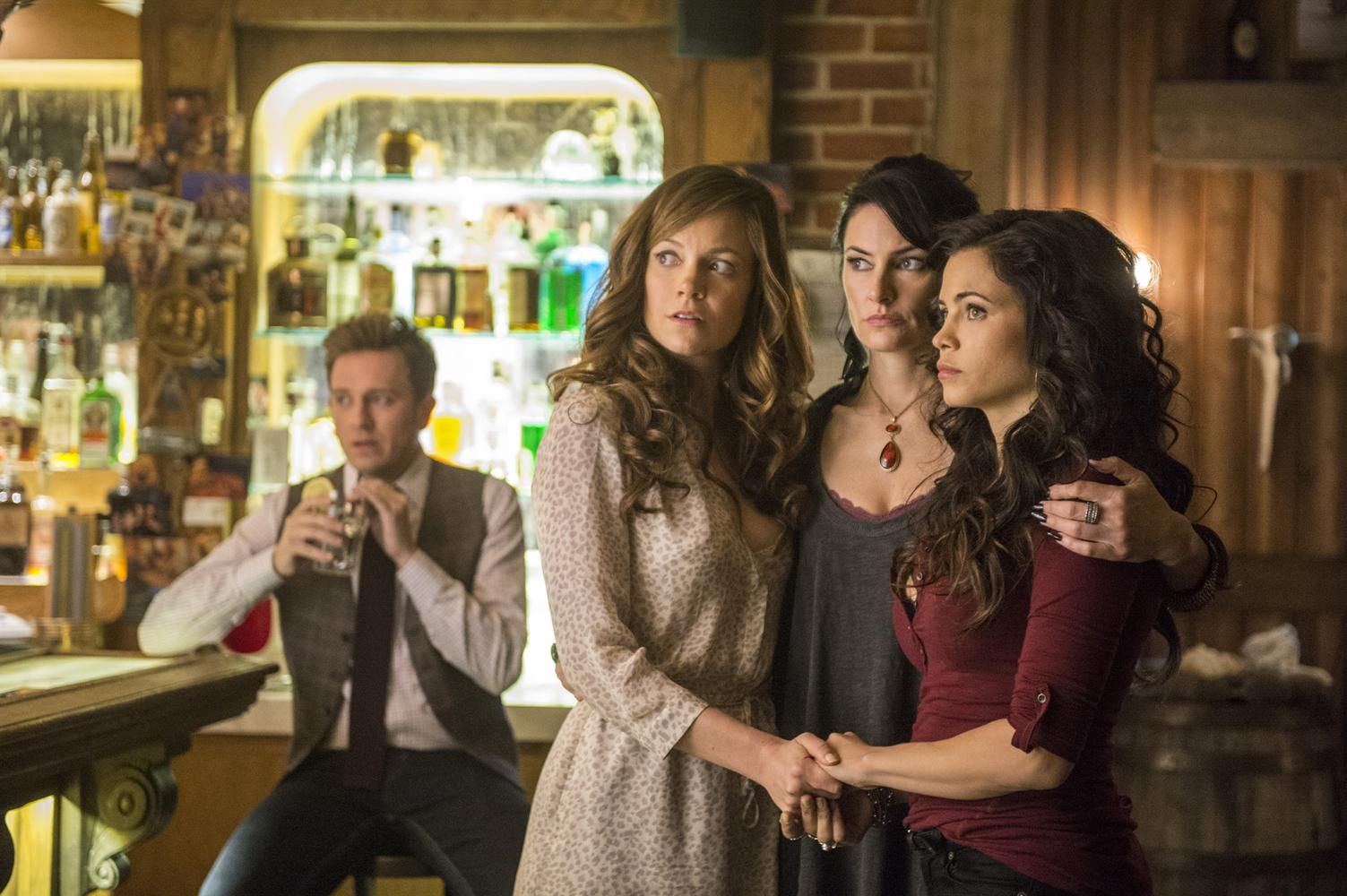 Witches of East End Season 1 recap