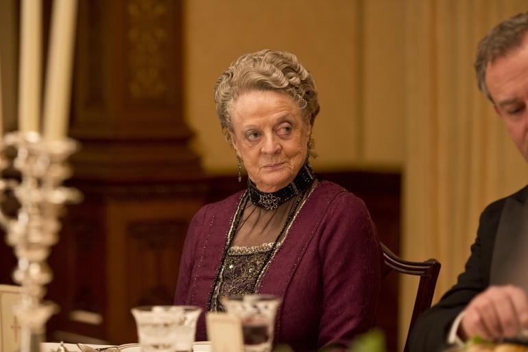 maggie smith queen companions of honor