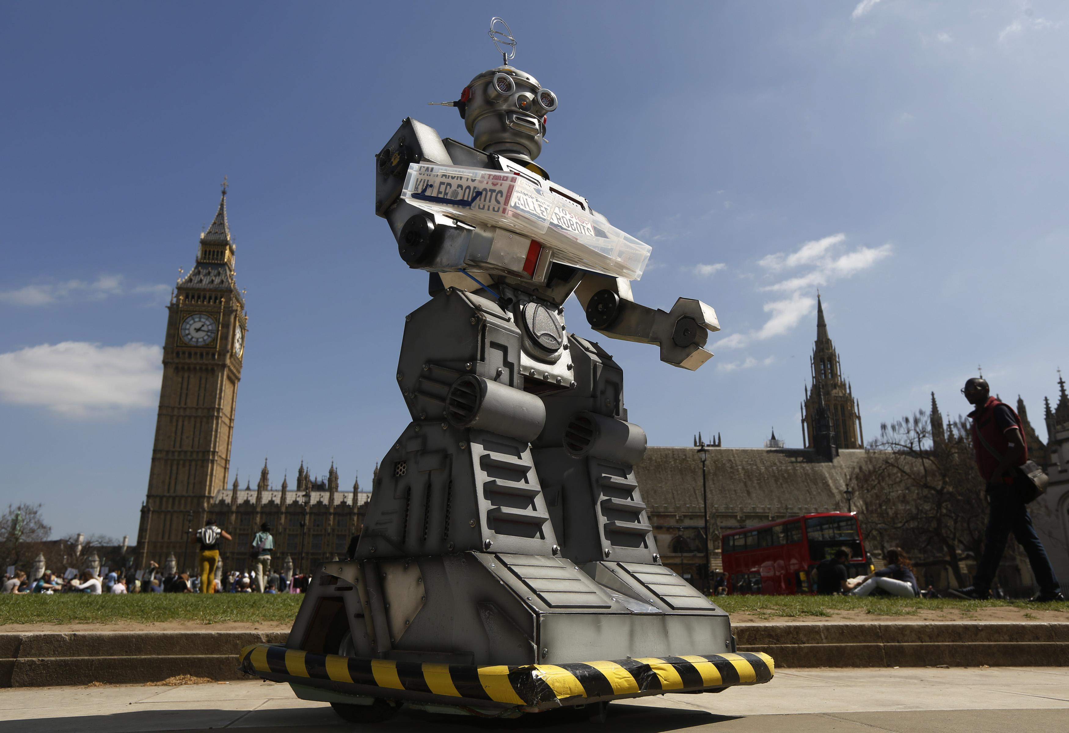 Tech leaders warn against 'Pandora's box' of robotic weapons
