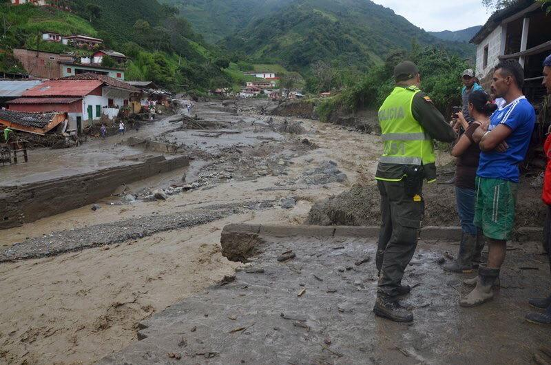 Colombia Mudslides Photos And Video 2015: Dozens Killed ...