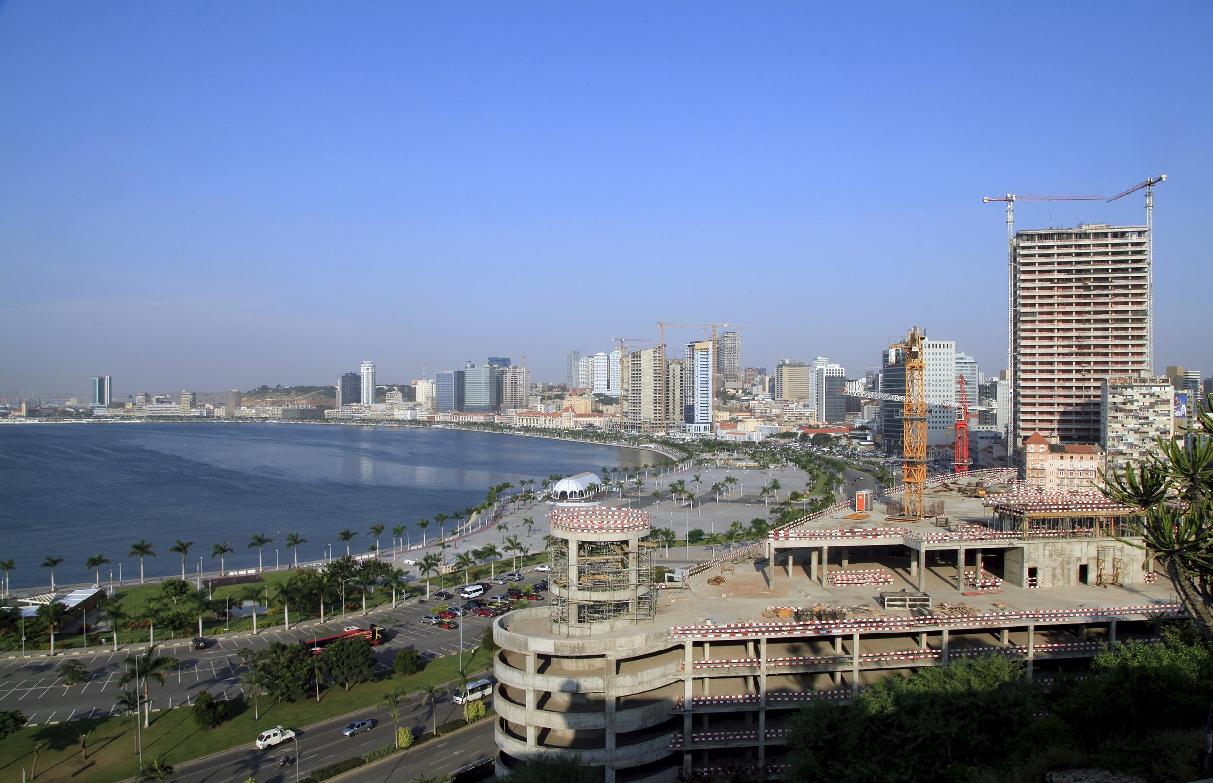 economic problems in angola Major problems facing angola today twitter the republic of angola is a beautiful country in the southern part of africa angola shares borders with the republic of.