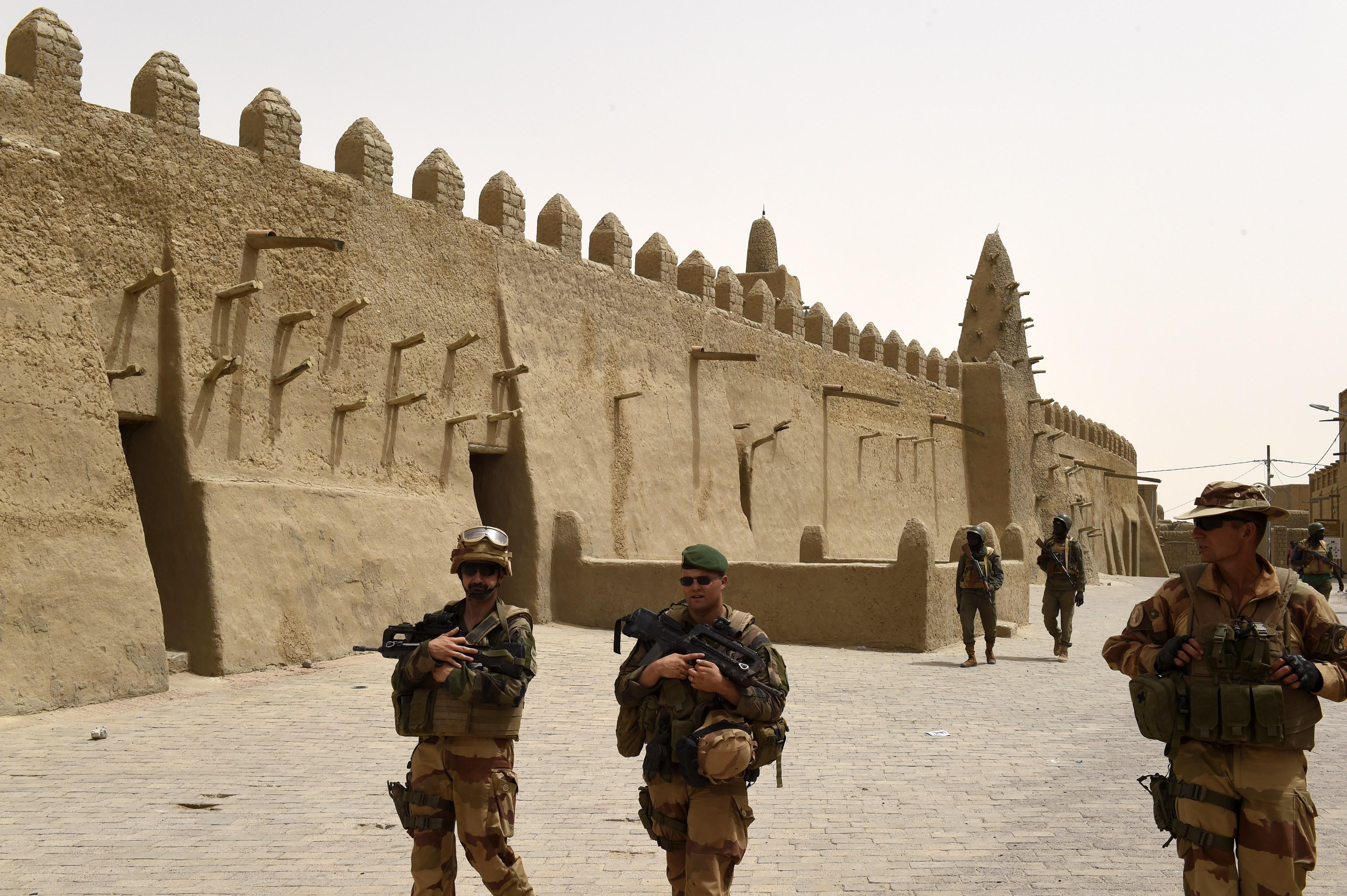 French and Malian troops