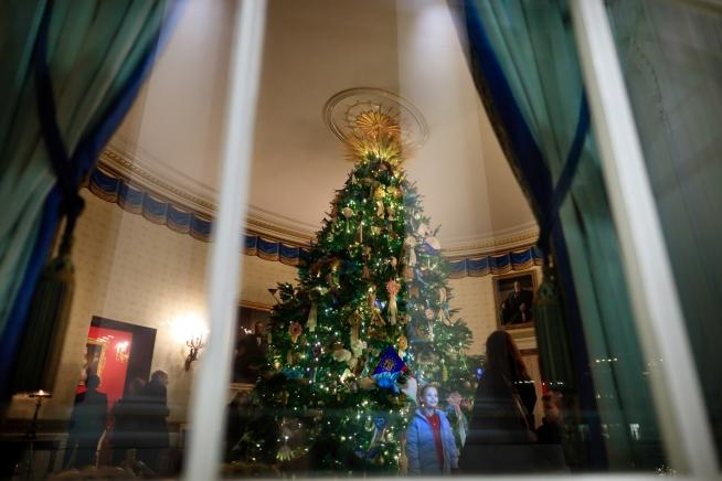 When Will The White House Be Decorated For Christmas 2015
