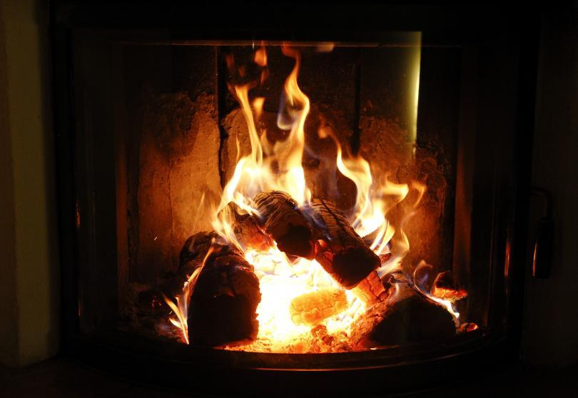 Yule Log Live Stream 2016 Tv Info Netflix And Online Options For The Holiday Tradition