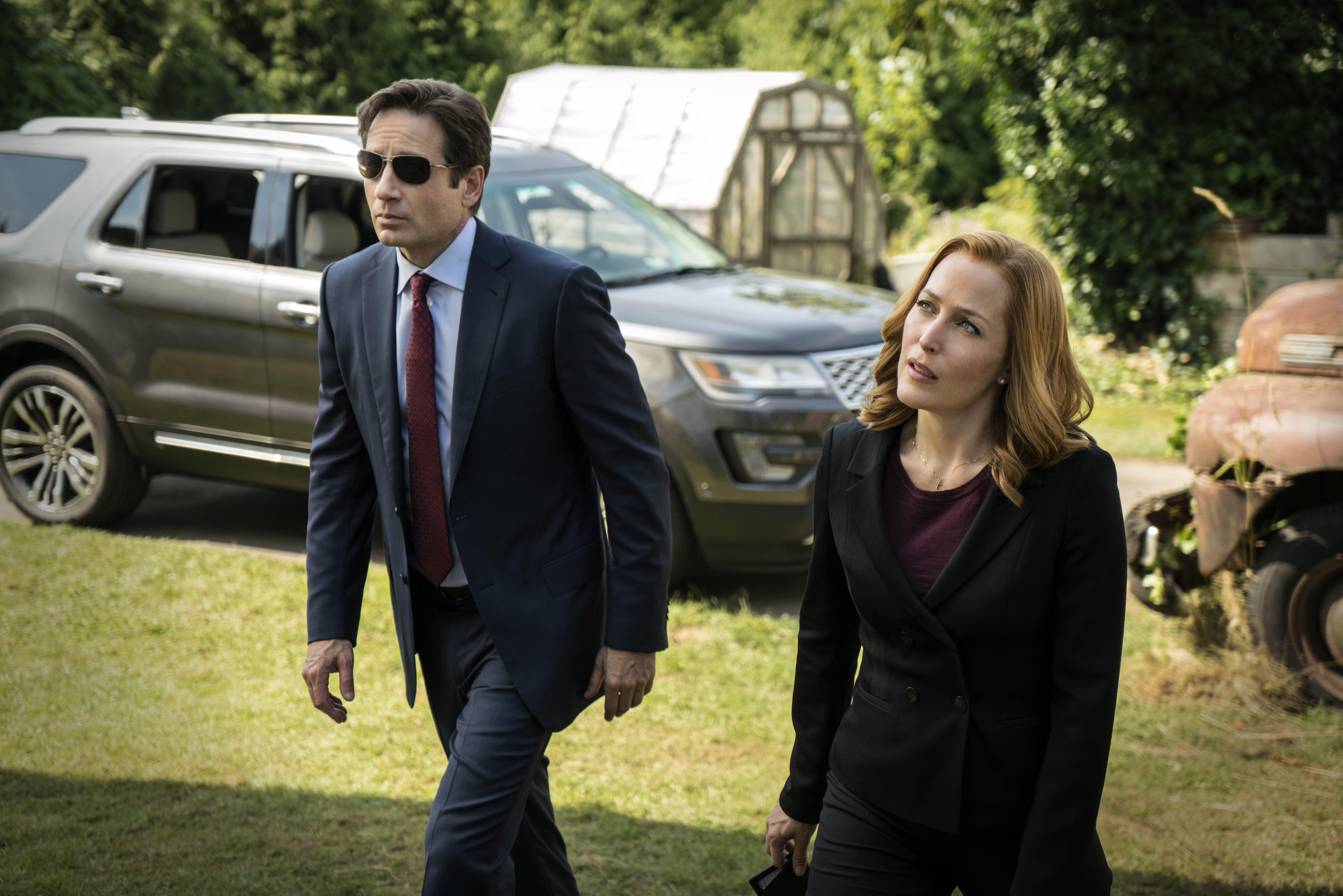 Fox Mulder and Dana Scully