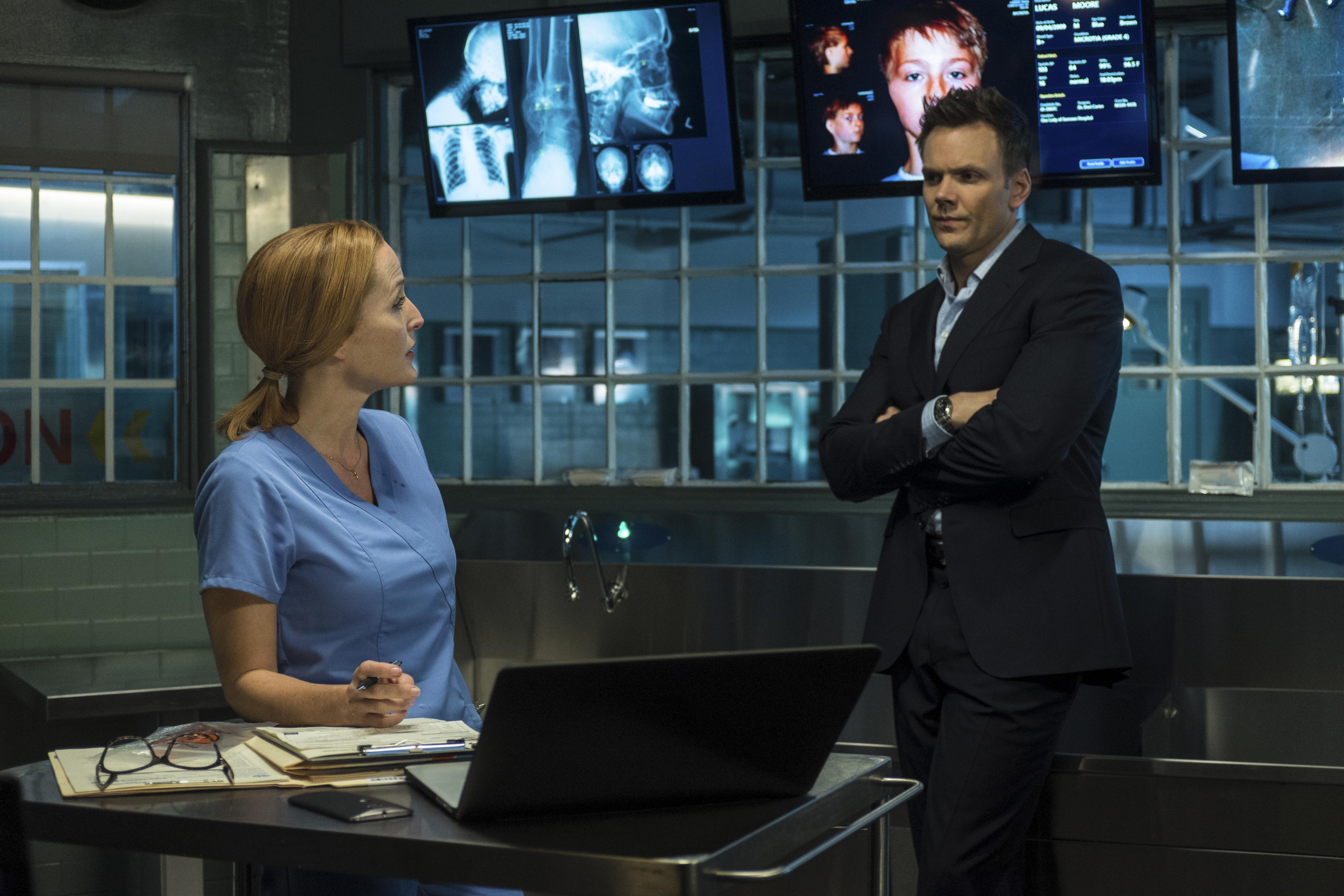 Spinoff Online Fox Would 'Love to Do More' 'X-Files' Spinoff Online