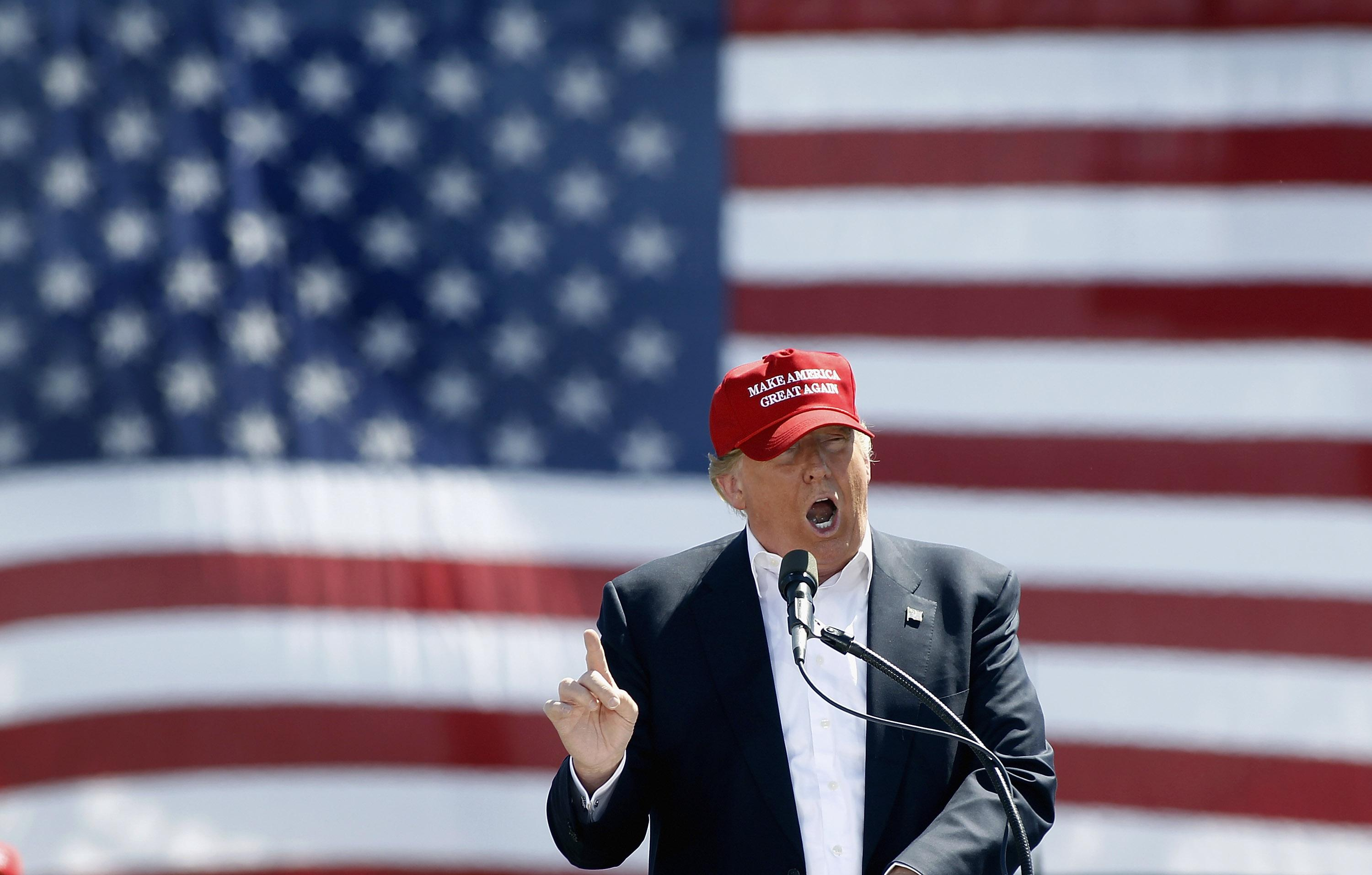 Donald Trump supporters, protesters clash outside rally in Utah