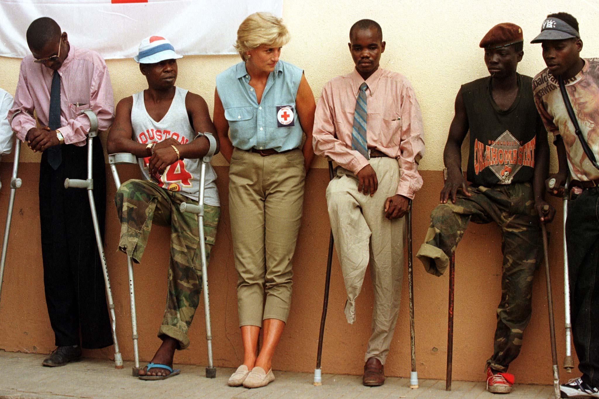 Diana And The Red Cross - January 1997