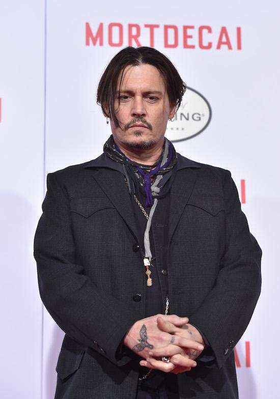 #14 Johnny Depp Is Now Single - Maybe He And Jolie Should Date!!