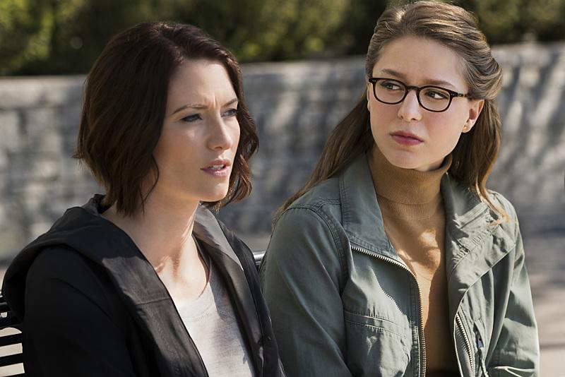 Chyler Leigh as Alex, Melissa Benoist as Kara