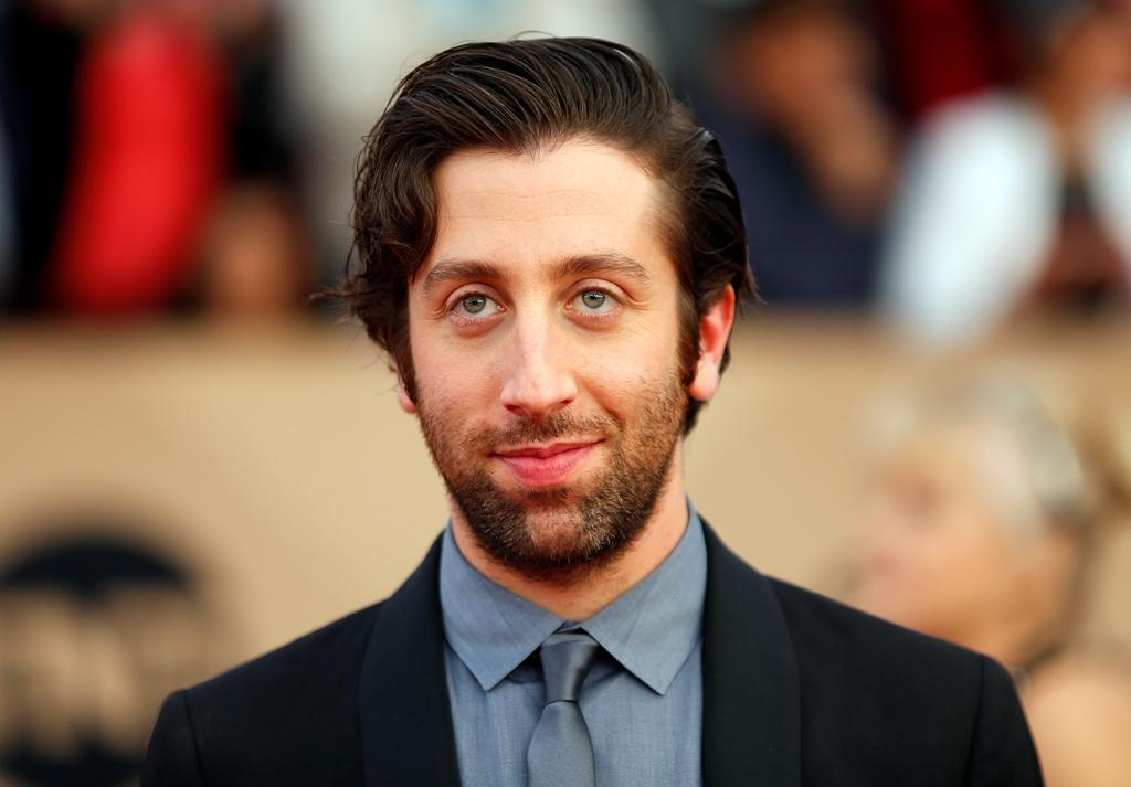 simon helberg joeysimon helberg wife, simon helberg wiki, simon helberg son, simon helberg impressions, simon helberg twitter, simon helberg joey, simon helberg jocelyn towne, simon helberg nicolas cage impression, simon helberg imdb, simon helberg oscar, simon helberg wdw, simon helberg stand up, simon helberg shows, simon helberg arrested development, simon helberg weight and height, simon helberg gallery, simon helberg attore, simon helberg ethnic, simon helberg taille, simon helberg and his wife