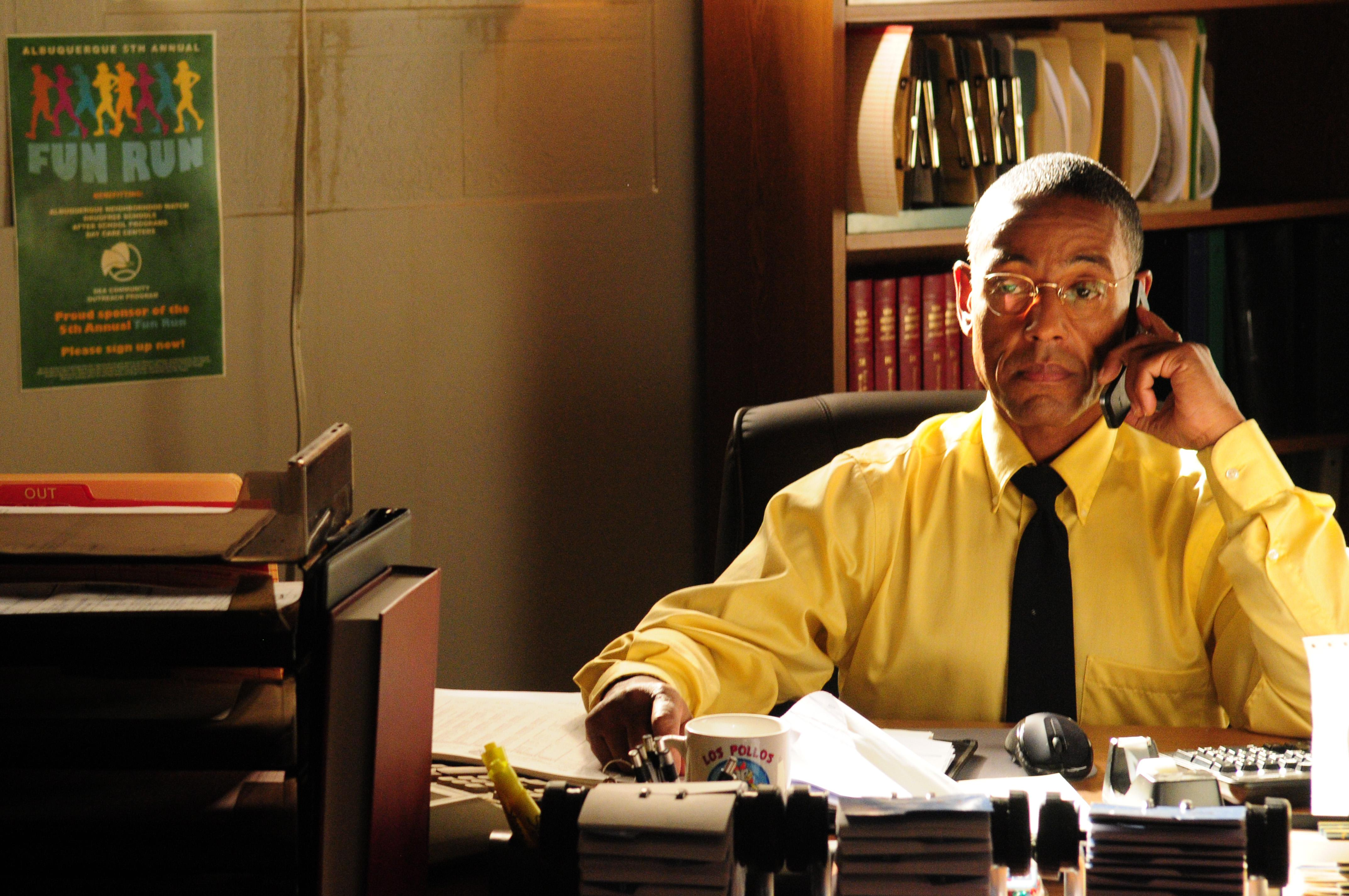 New 'Better Call Saul' trailer shows the title character in legal trouble
