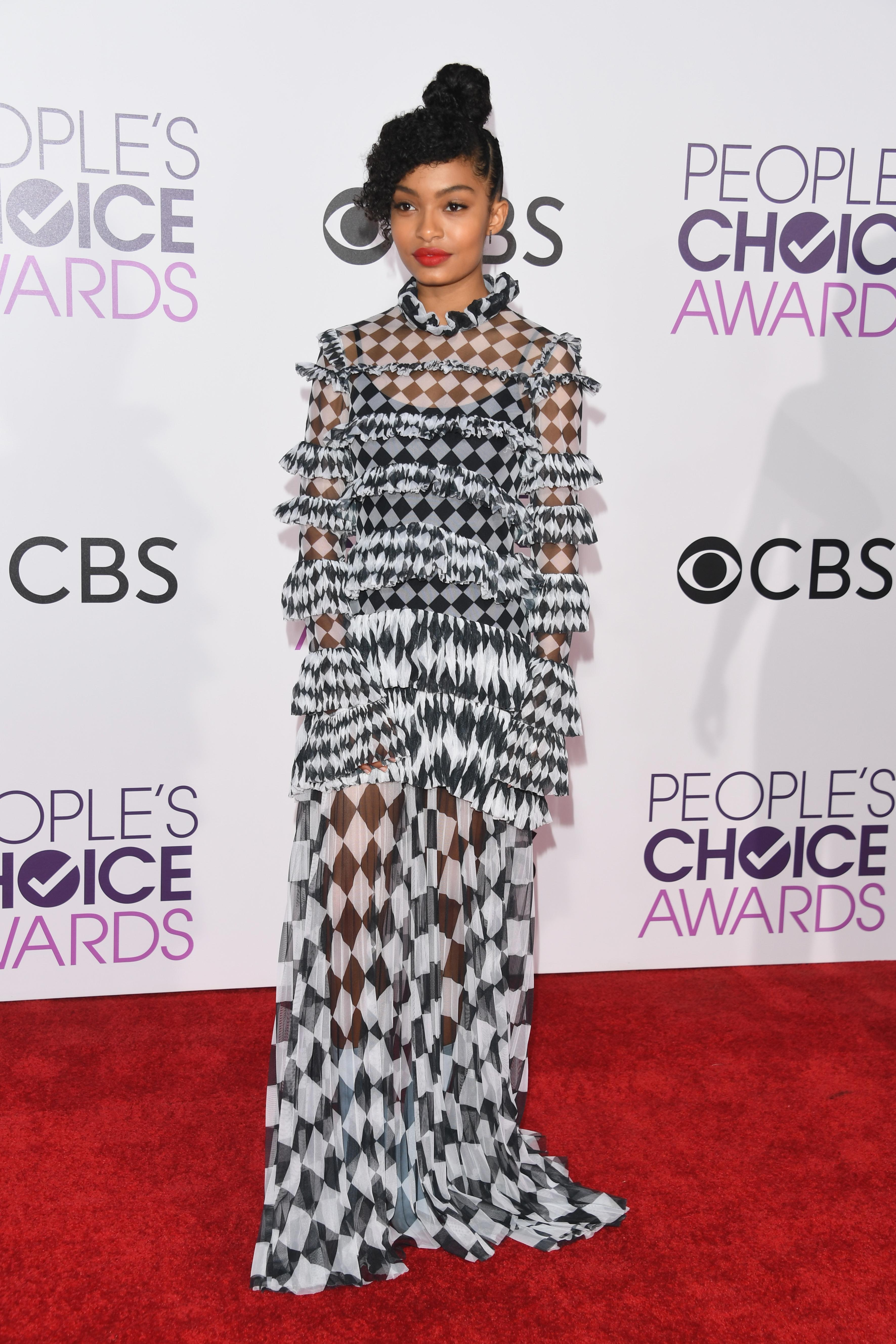 Image result for PEOPLE'S CHOICE AWARDS 2017 RED CARPET ARRIVALS