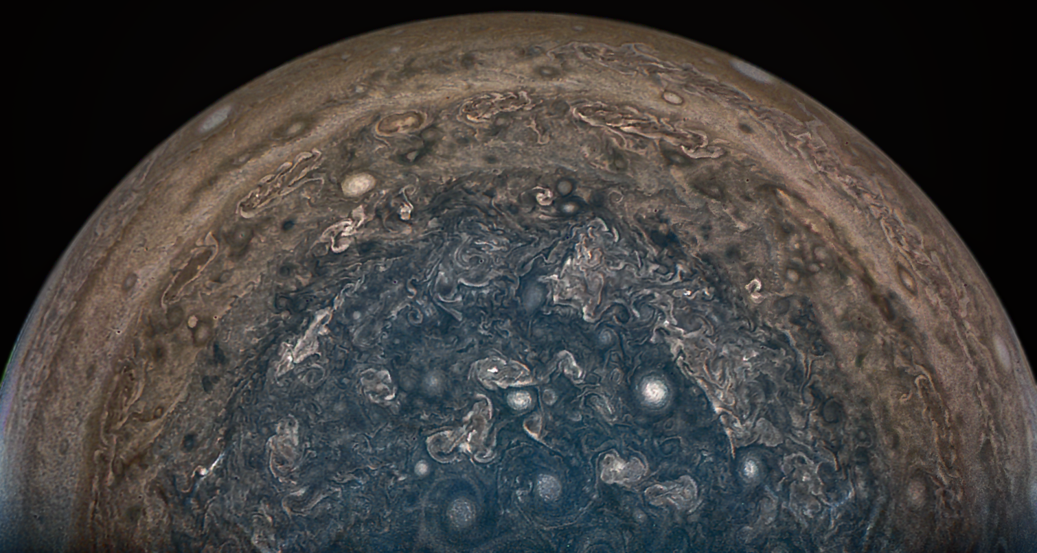 NASA changes plans for Juno spacecraft to avoid risks