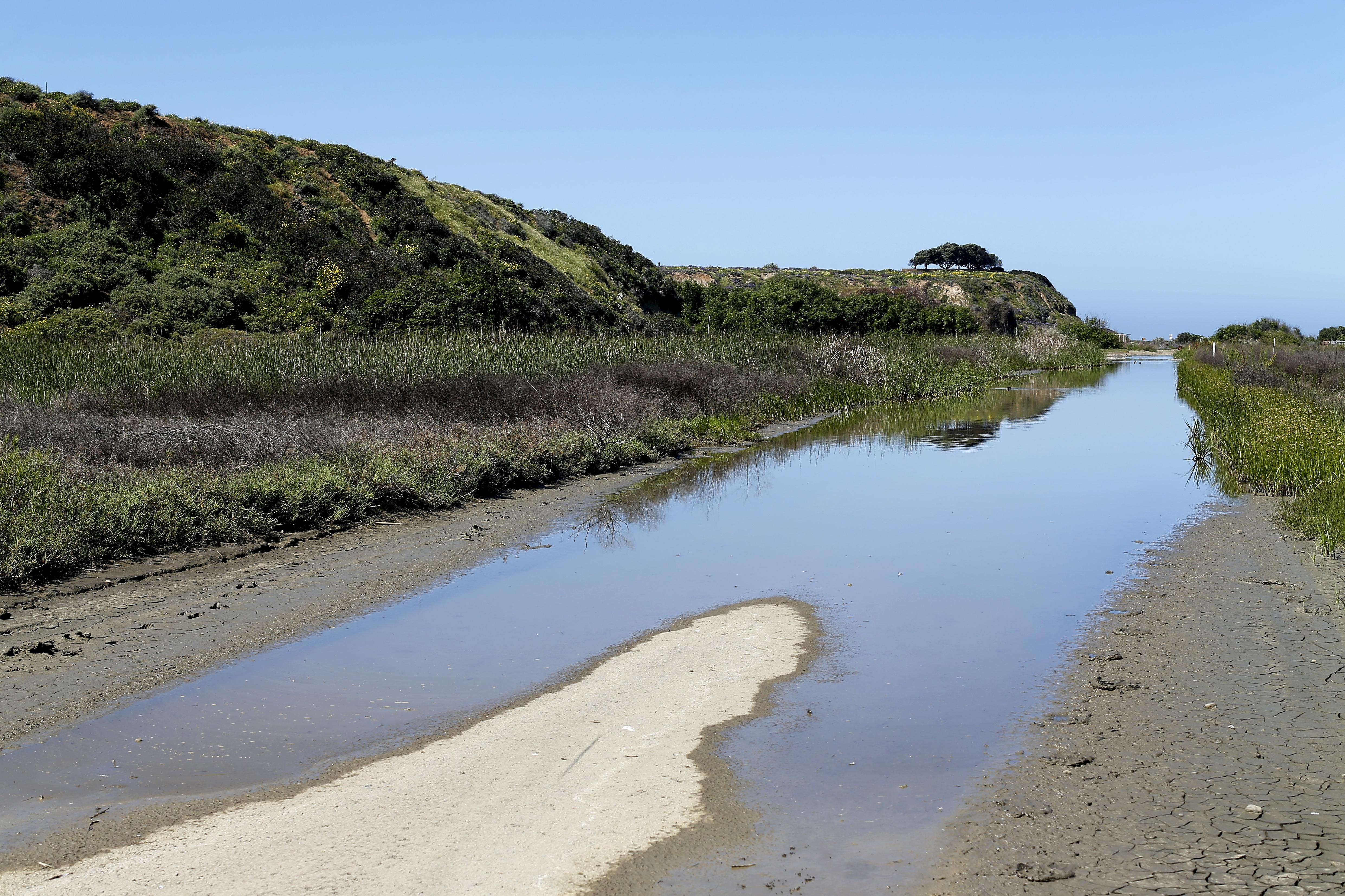 Border sewage spell fouls San Diego County beaches