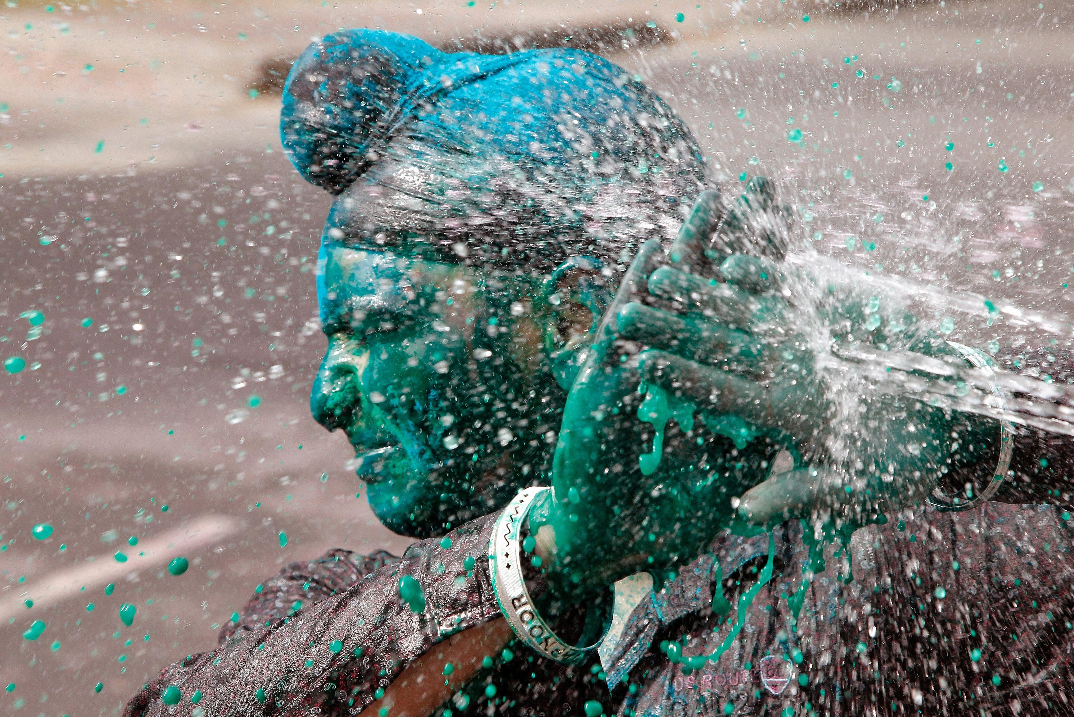 Happy Holi 2017: Pictures, Facts To Join India's ...