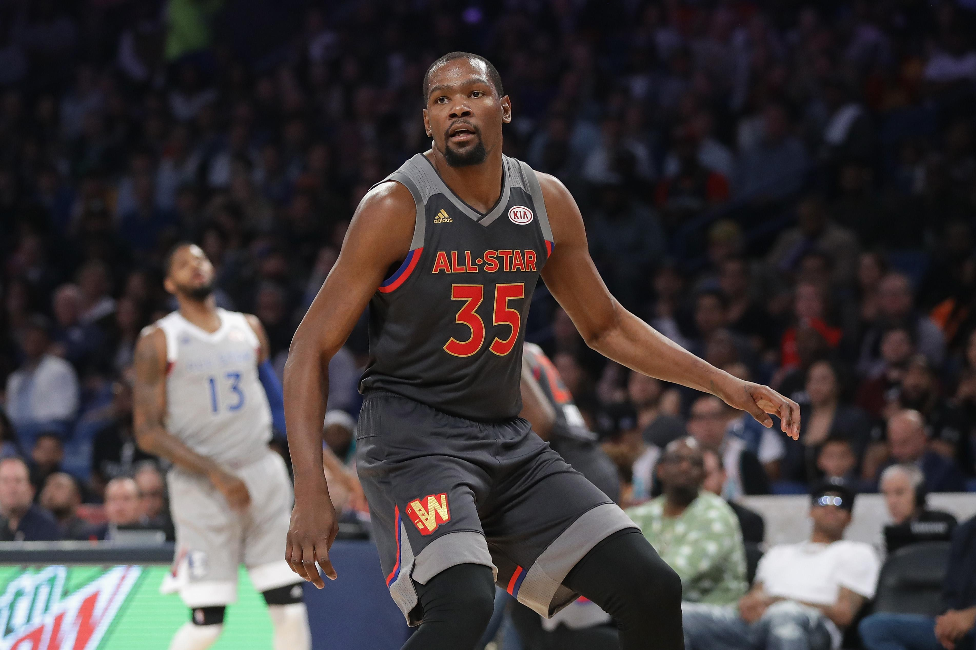 Kevin Durant, still a couple weeks away, will return to minutes restriction