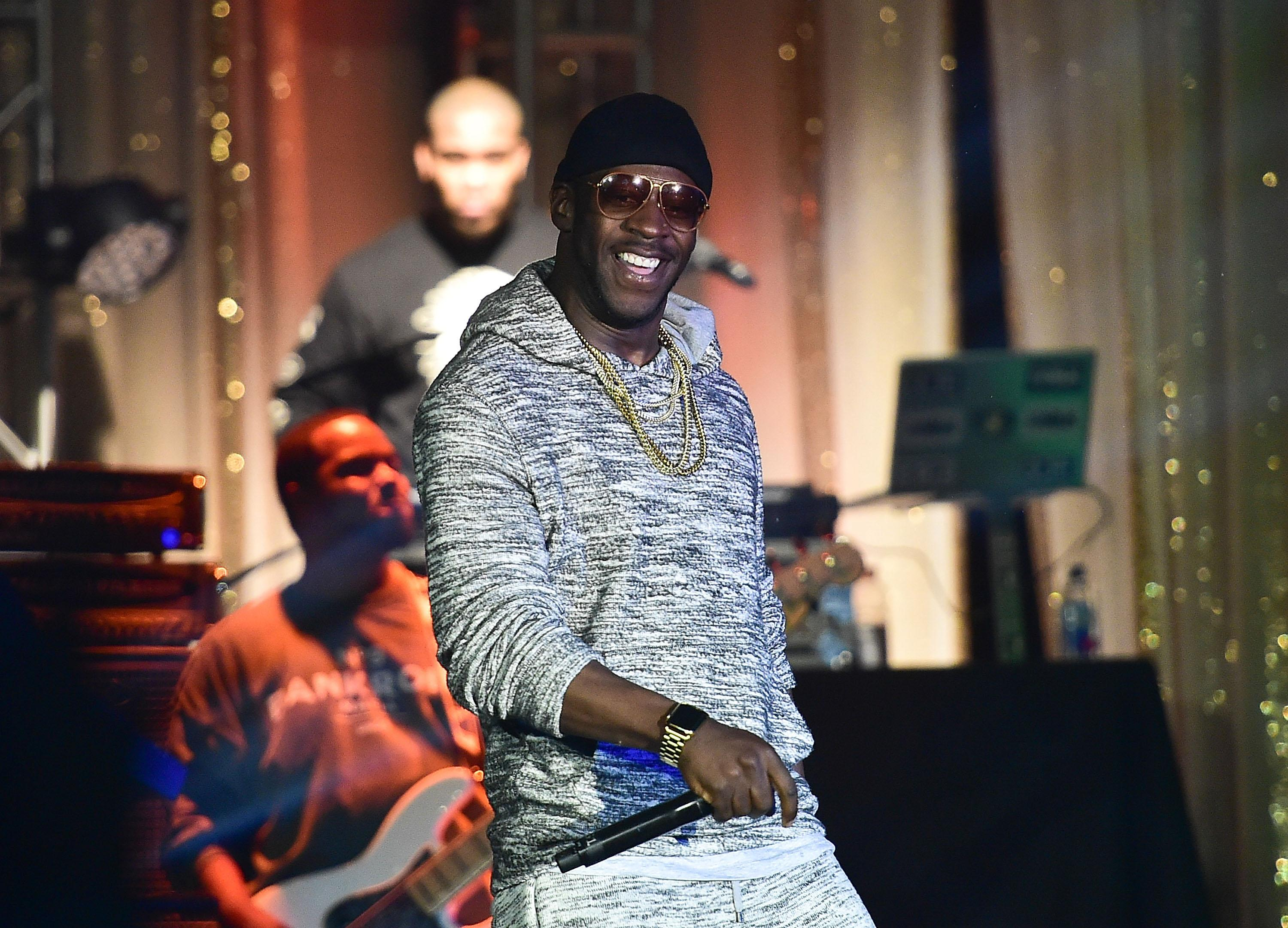 What Is A Romphim Twitter Roasts Rapper Young Dro For Wearing Male Romper