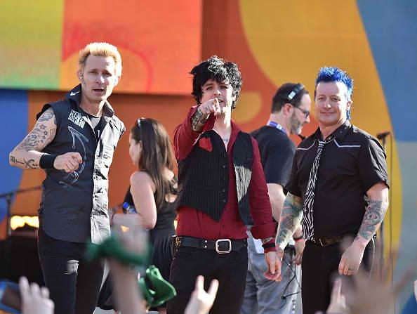 Acrobat dies in fall before Green Day performance at Madrid music festival