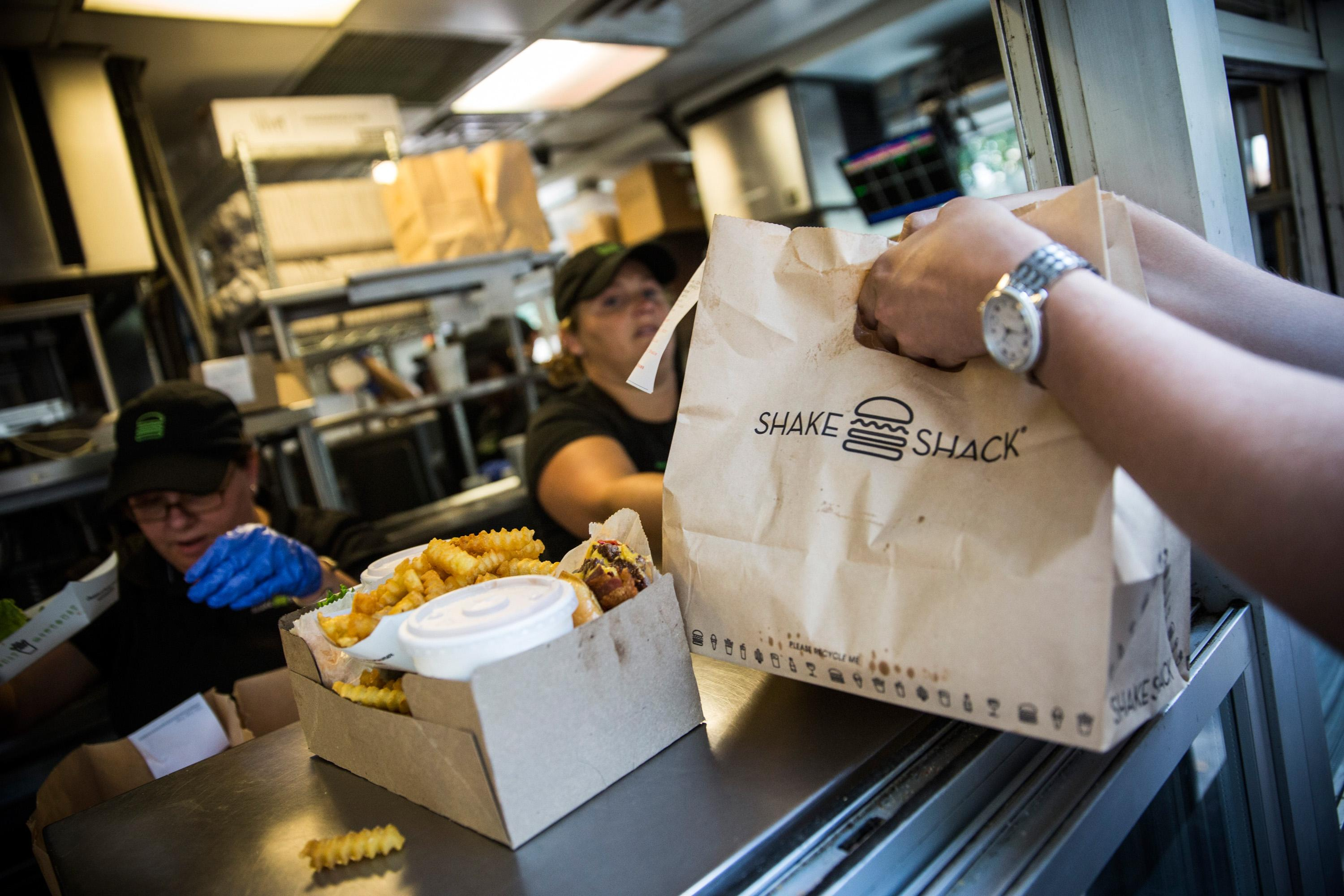 Schumer to FDA: Remove chemicals from fast-food packaging