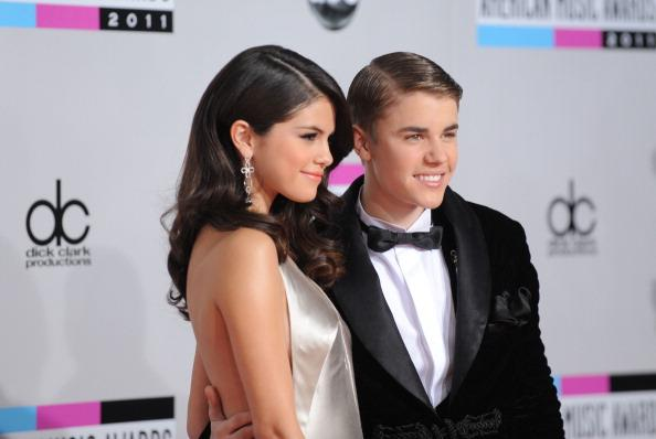 Justin Bieber And Selena Gomez Have Been Photographed Kissing
