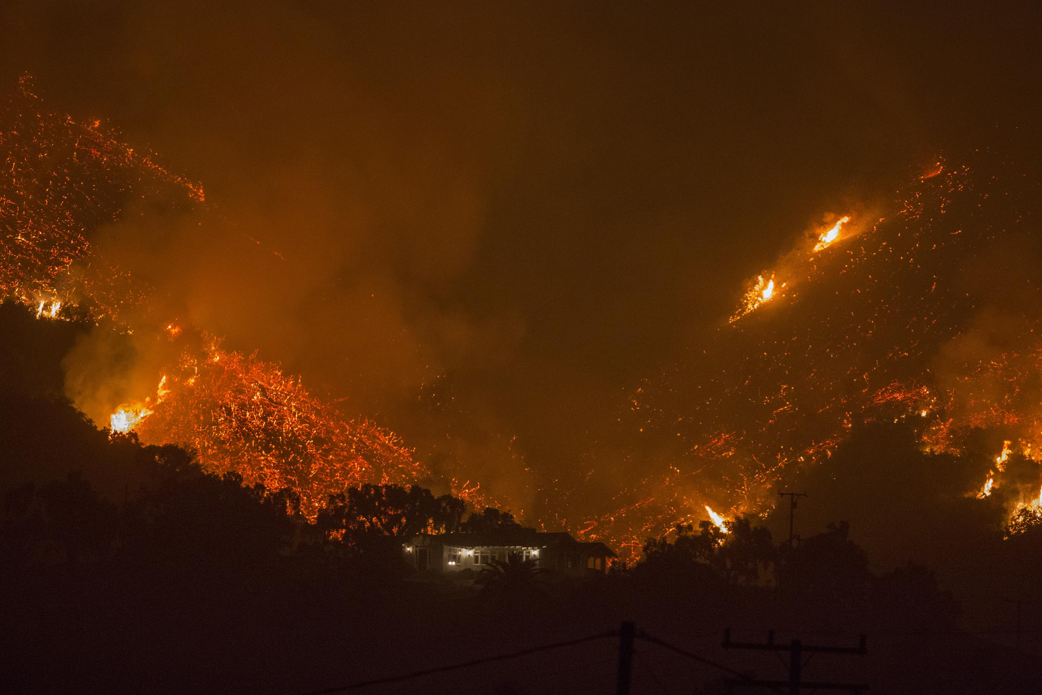 Lilac Fire Update Cal Fire >> Latest California Fires Map Update: Where Are Wildfires Still Burning?