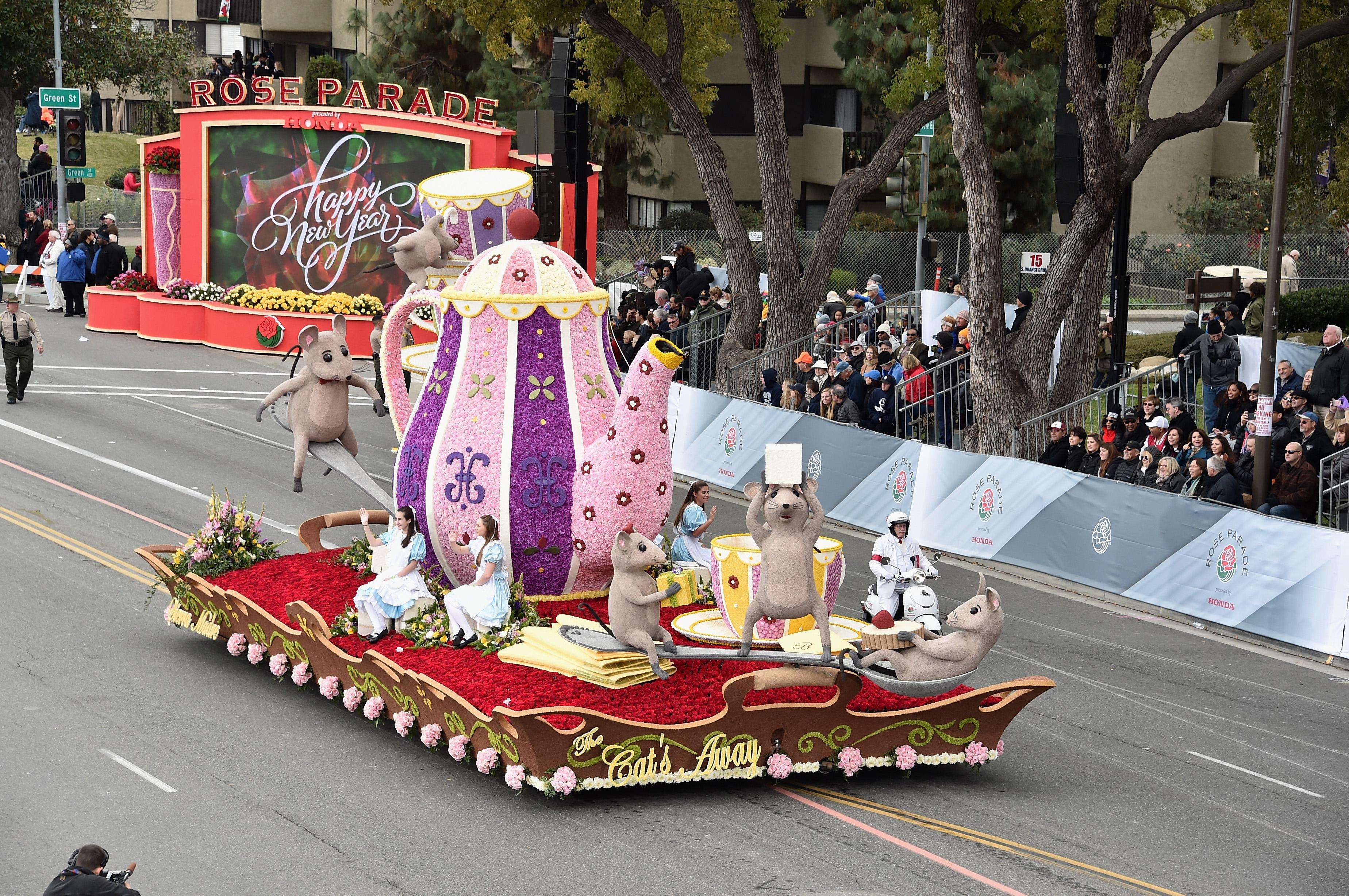 Rose Parade Route in Photos