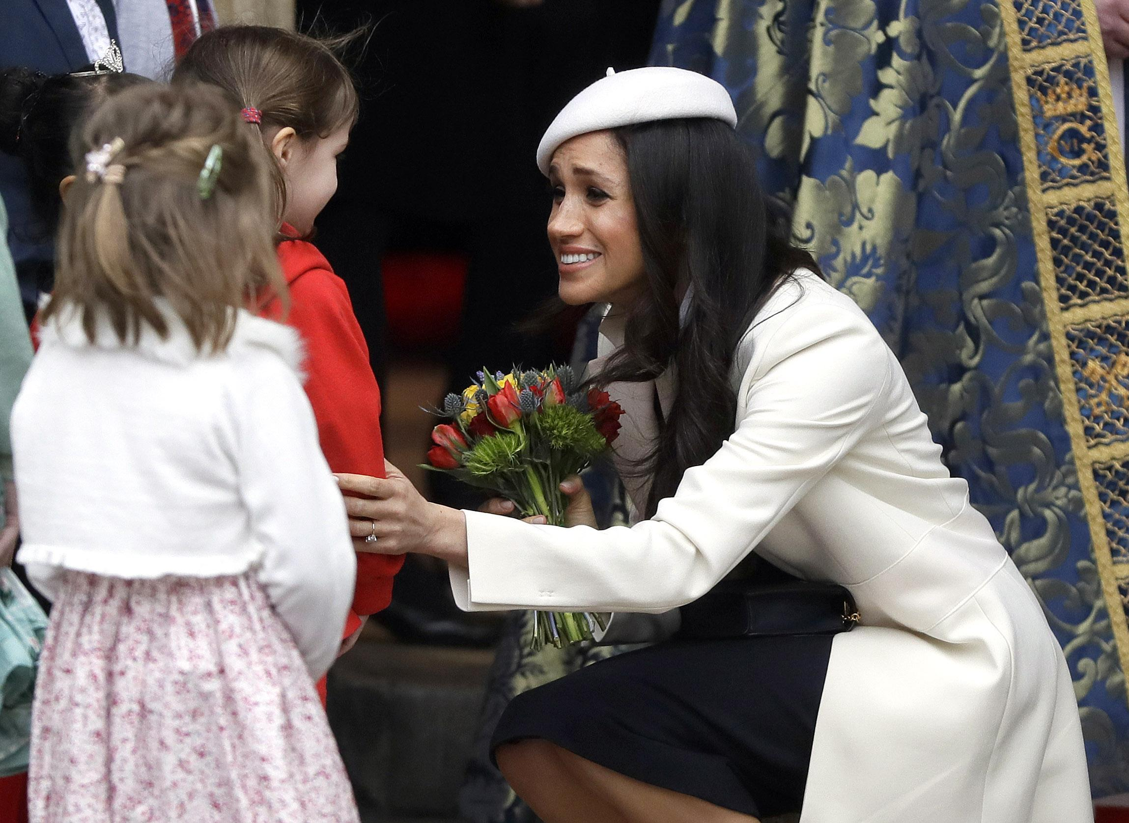 Meghan markles favorite flowers will be used in wedding to prince harry meghan markle flowers izmirmasajfo Images