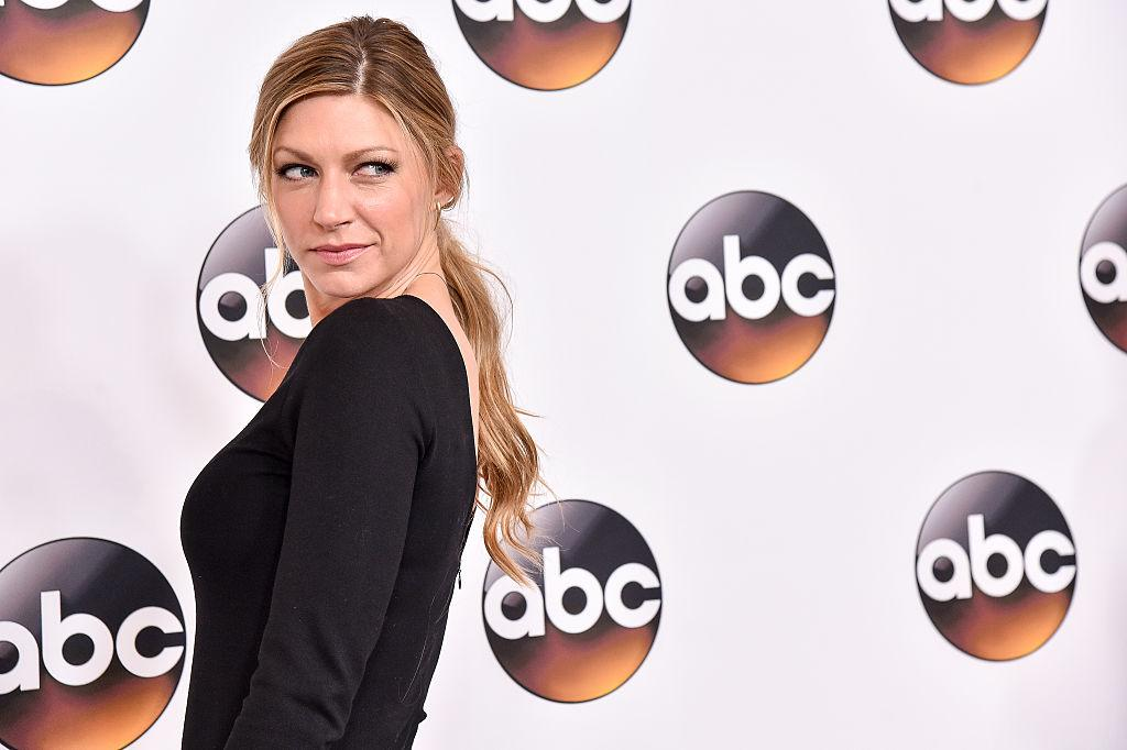 Legends of Tomorrow: Jes Macallan promoted to series regular