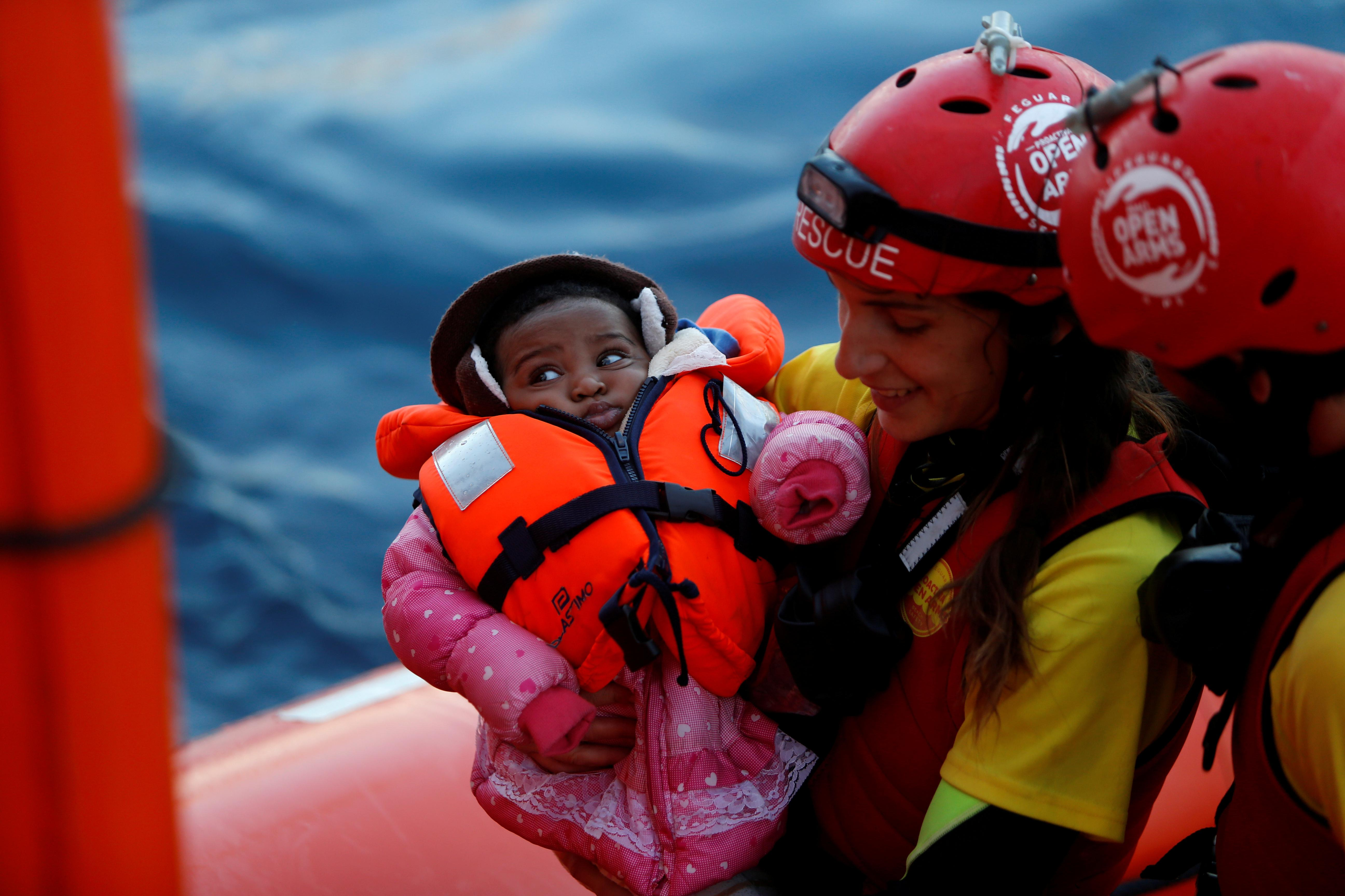 Spain rescues more than 900 boat migrants, finds four bodies