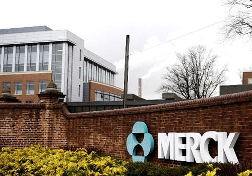 merck s acquisition of medco case 5 1 View essay - a case study analysis medco merck from fin 561 at devry  and  medco merger keller graduate fin561: merger and acquisitions  image of  page 1  matter: a the chief operating officer is concerned about synergy  5  pages week6quiz devry university, keller graduate school of.