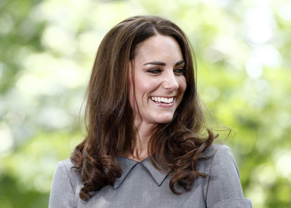 photos kate middleton 39 s canada tour highlights duchess cooks shovels and more. Black Bedroom Furniture Sets. Home Design Ideas