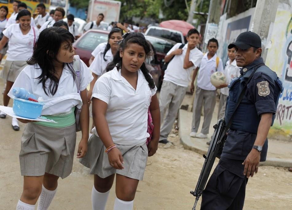 Are Mexico S Drug Cartels Recruiting American Children
