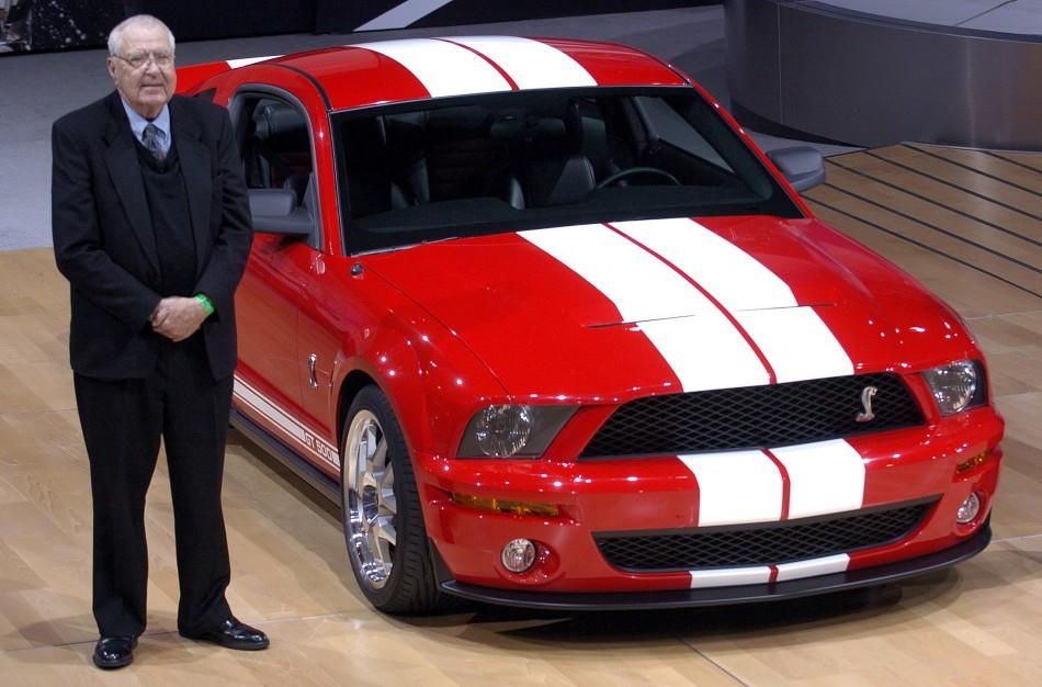 Carroll Shelby Dies 10 Facts About The Legendary Race Car Driver And Designer