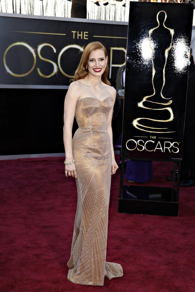Oscars 2013 Red Carpet: Best And Worst Dressed Celebrities ...