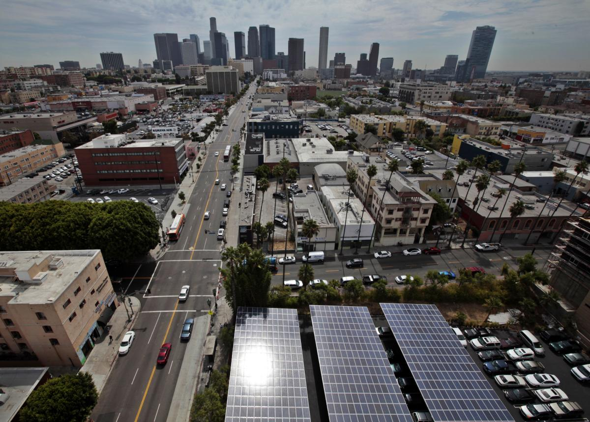 California Aims To Store More Solar Power And Wind Power