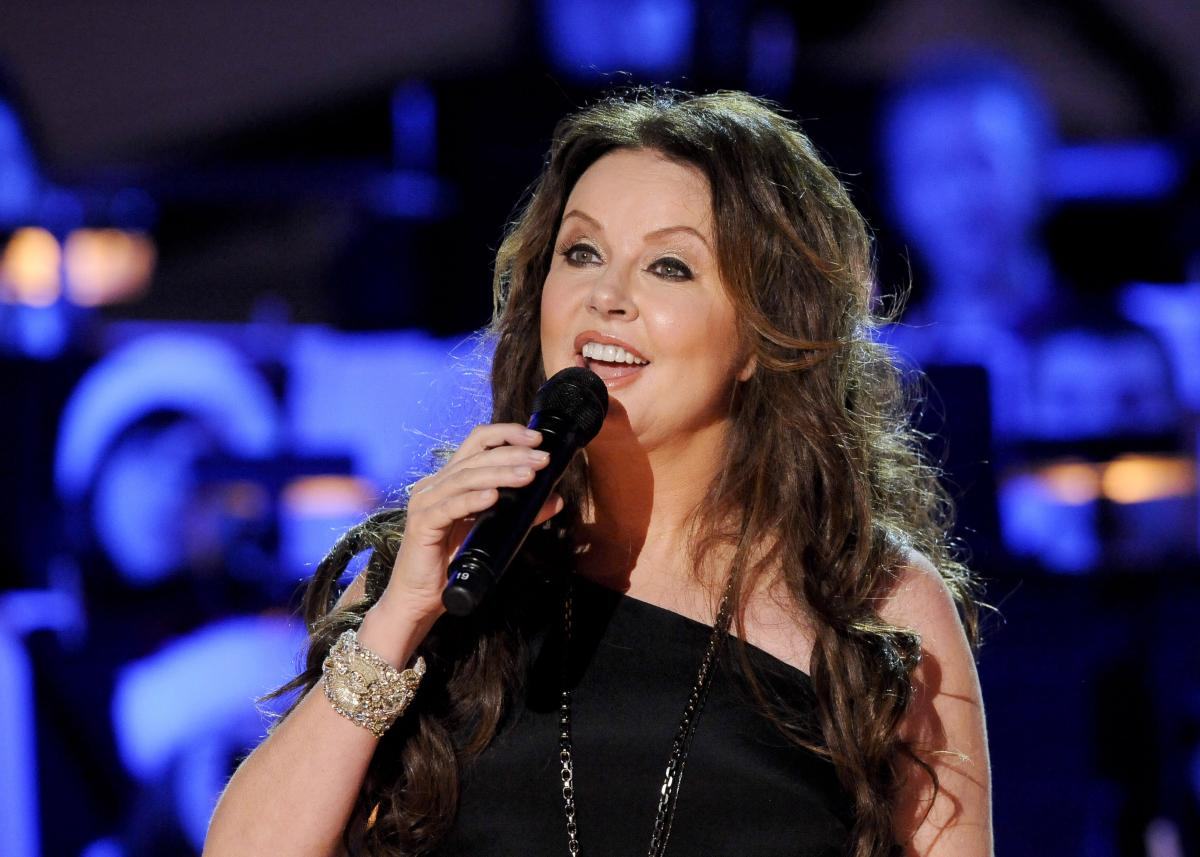 Sarah Brightman Will Pay $52M For Flight To International