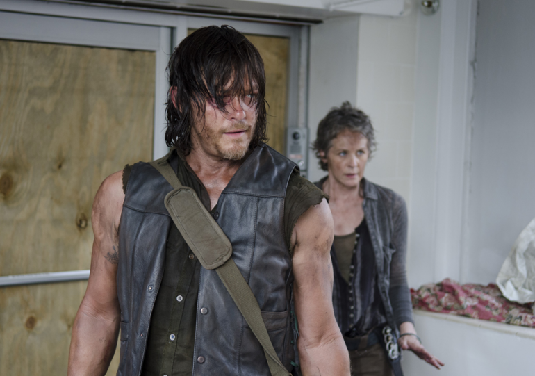 Do Daryl And Carol Hook Up On Walking Dead
