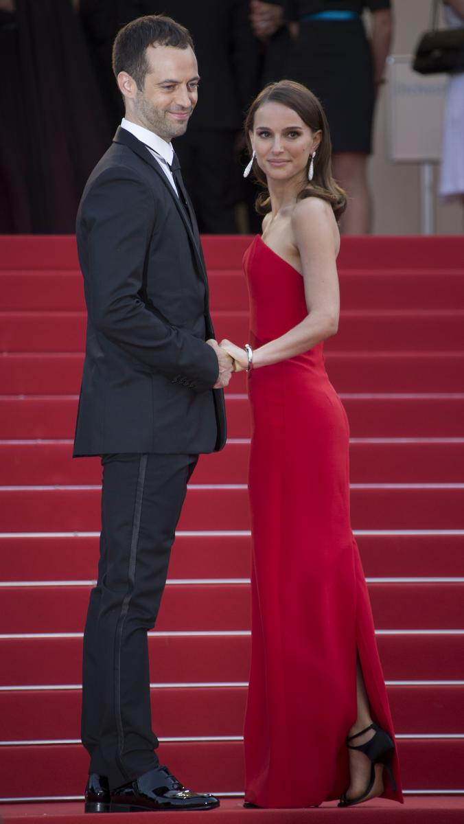 Natalie Portman Stuns In Red Dior Gown At Cannes Film ...