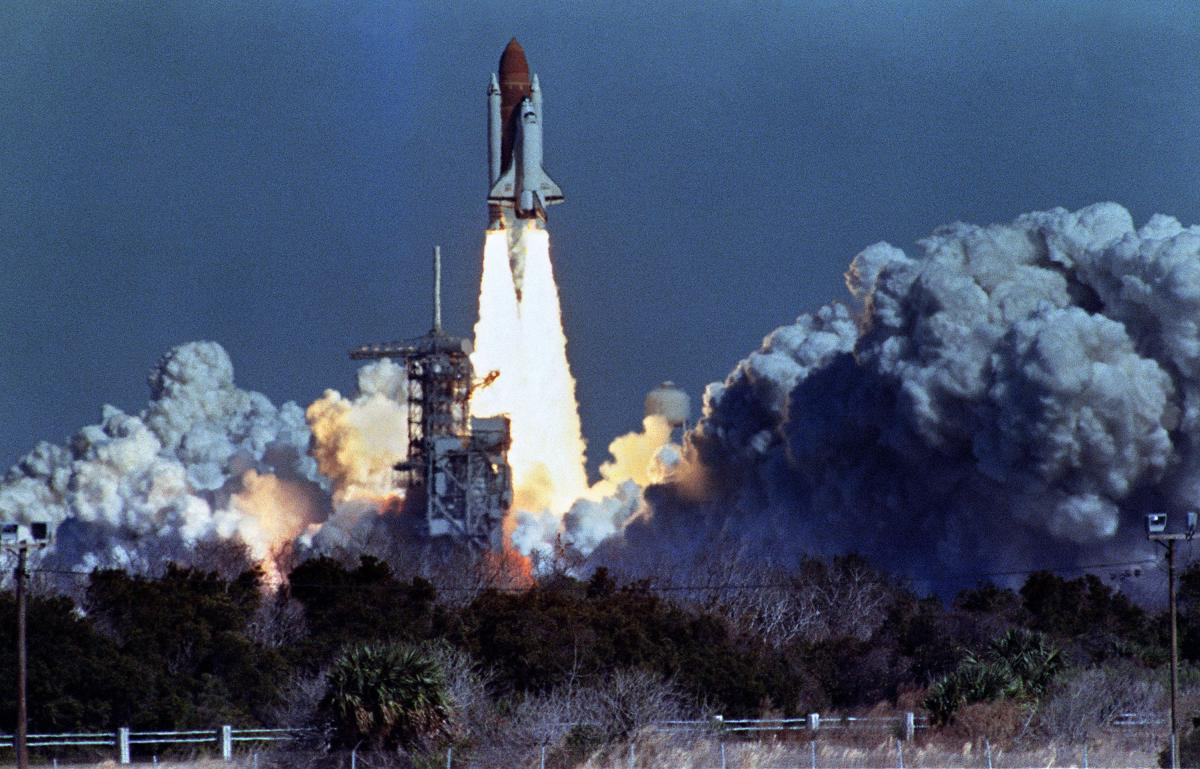 challenger explosion The challenger disaster was one of the first major tragedies to happen on live television, a defining moment for media coverage.