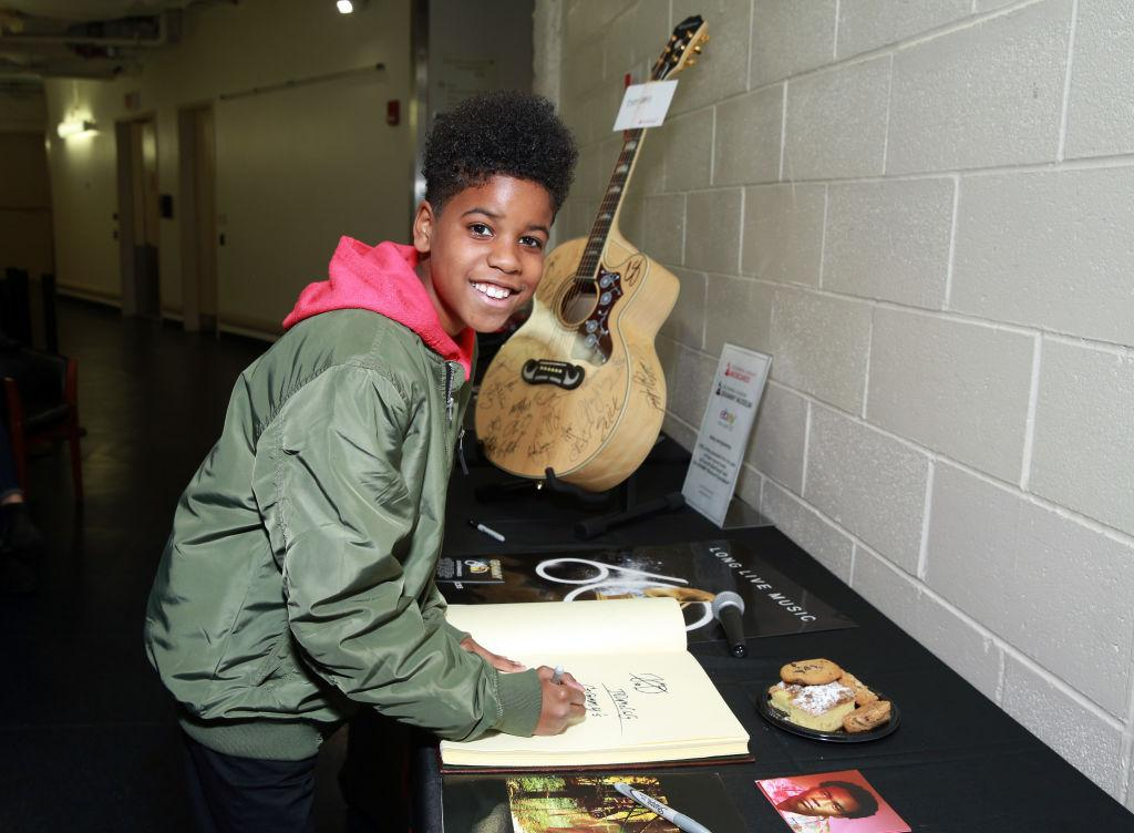 Who Is JD McCrary? 10-Year-Old Performs With Childish ...
