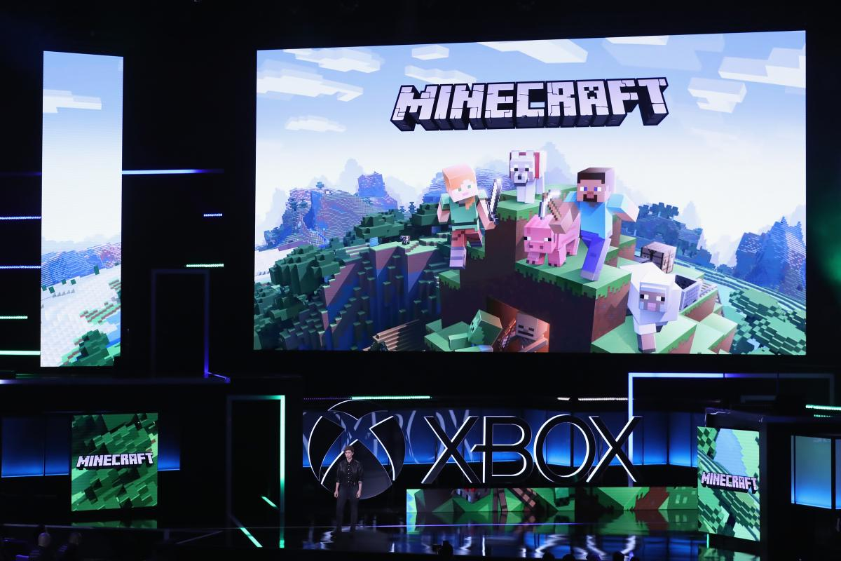 can you play minecraft on switch with someone on pc