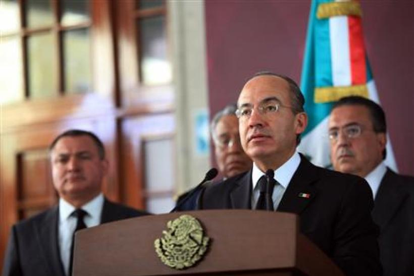 Mexican President Calderon speaks at the presidential residence Los Pinos in Mexico City
