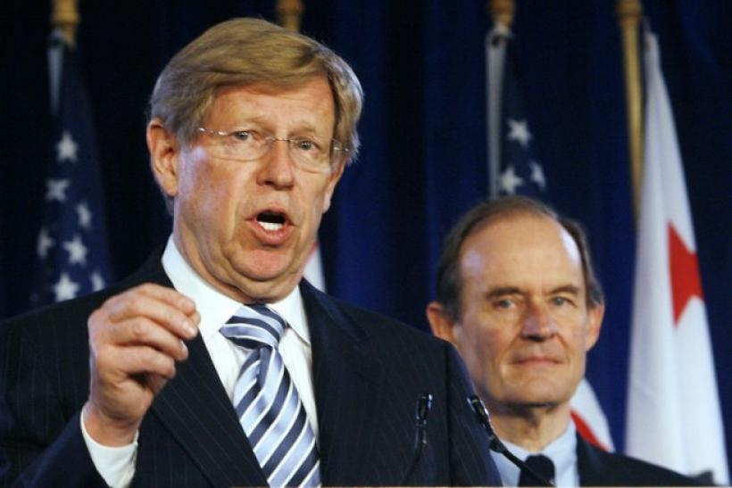 Attorneys Theodore Olson (L) and David Boies address a news conference announcing a federal lawsuit to halt California's same-sex marriage ban, in Los Angeles May 27, 2009.