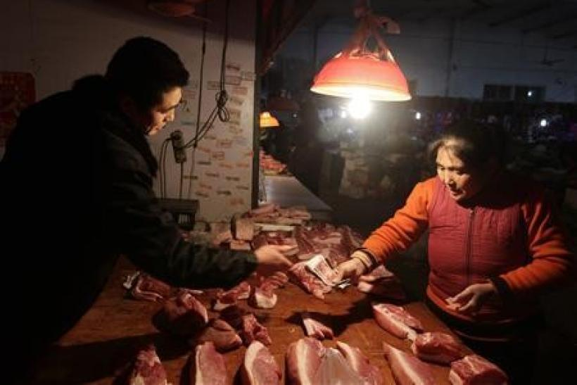 China vows lending control to tame inflation