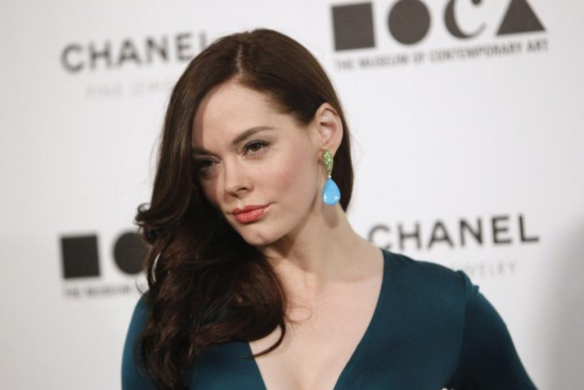 Actress Rose McGowan arrives at the annual gala for The Museum of Contemporary Art, Los Angeles (MOCA), in Los Angeles on November 13, 2010.