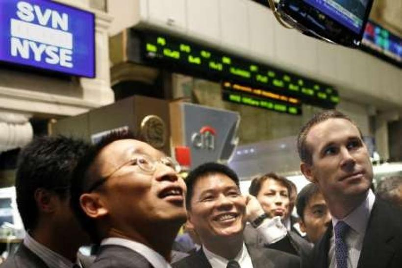 HK, China shares up as investors eye earnings, banks lead