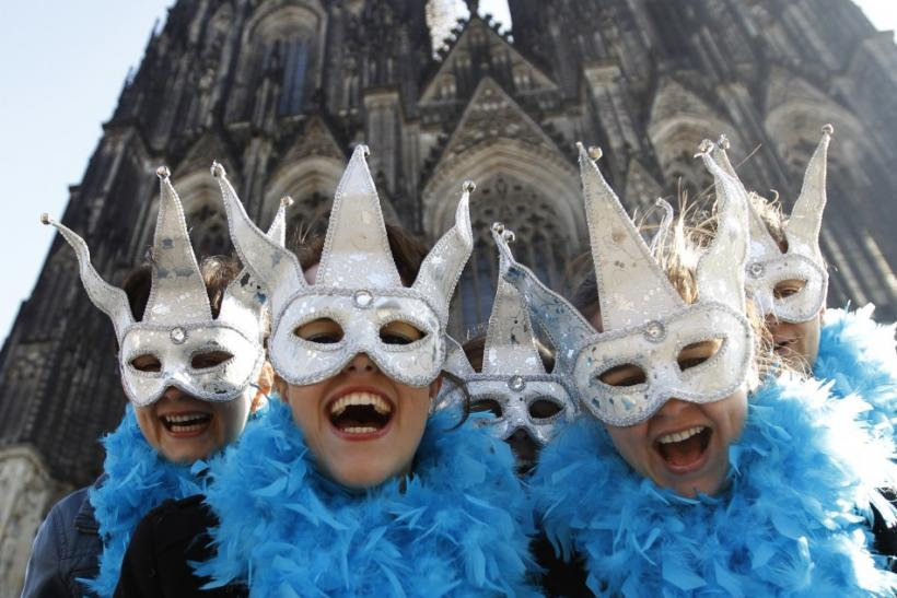 Top 10 most popular Carnivals of the world.