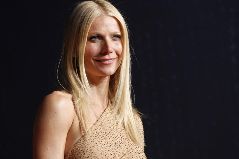 Gwyneth Paltrow signs a record deal with Atlantic Records.